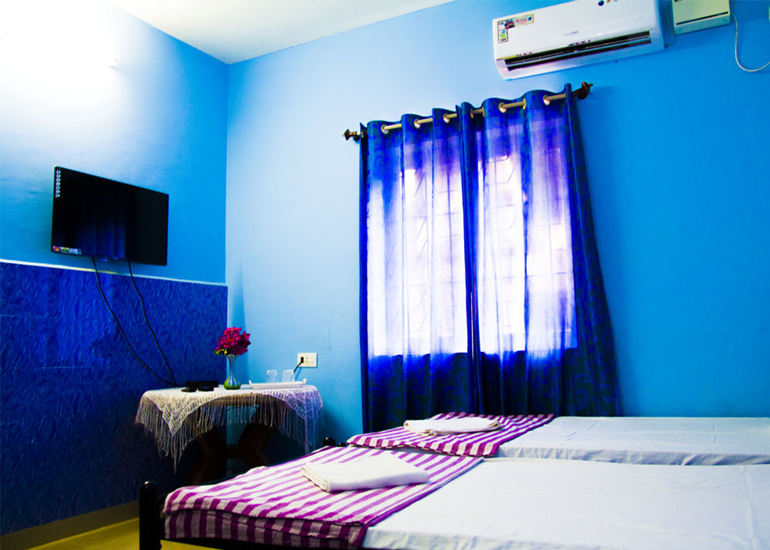 Standard AC Room in Goa - Dio's Guest House